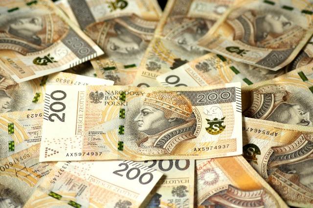 polisolokaty-opłaty-likwidacyjne-pieniądze